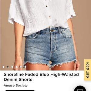Amuse society high waisted shorts